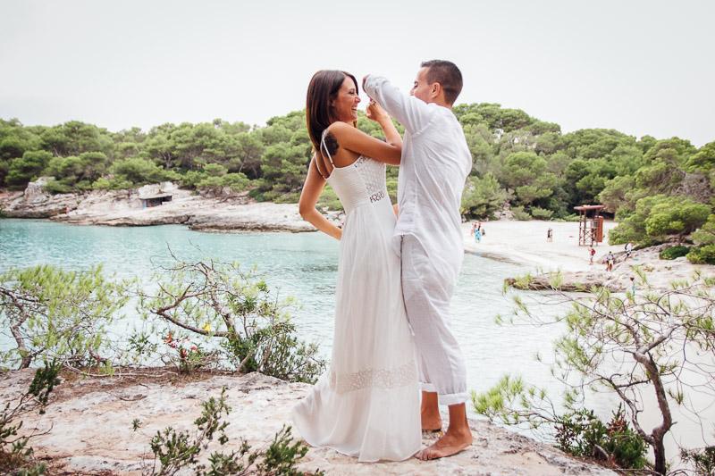 fotografos-post-boda-menorca-playa-cala-turqueta-ciutadella--38