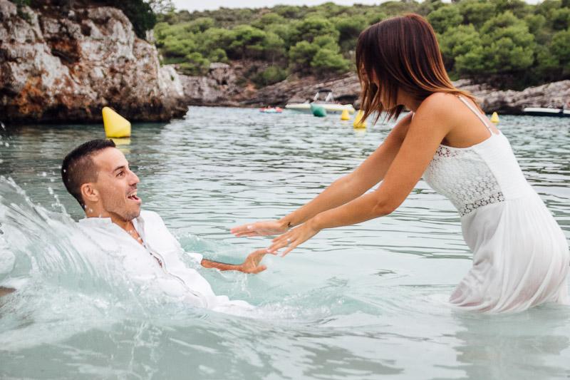 fotografos-post-boda-menorca-playa-cala-turqueta-ciutadella--49